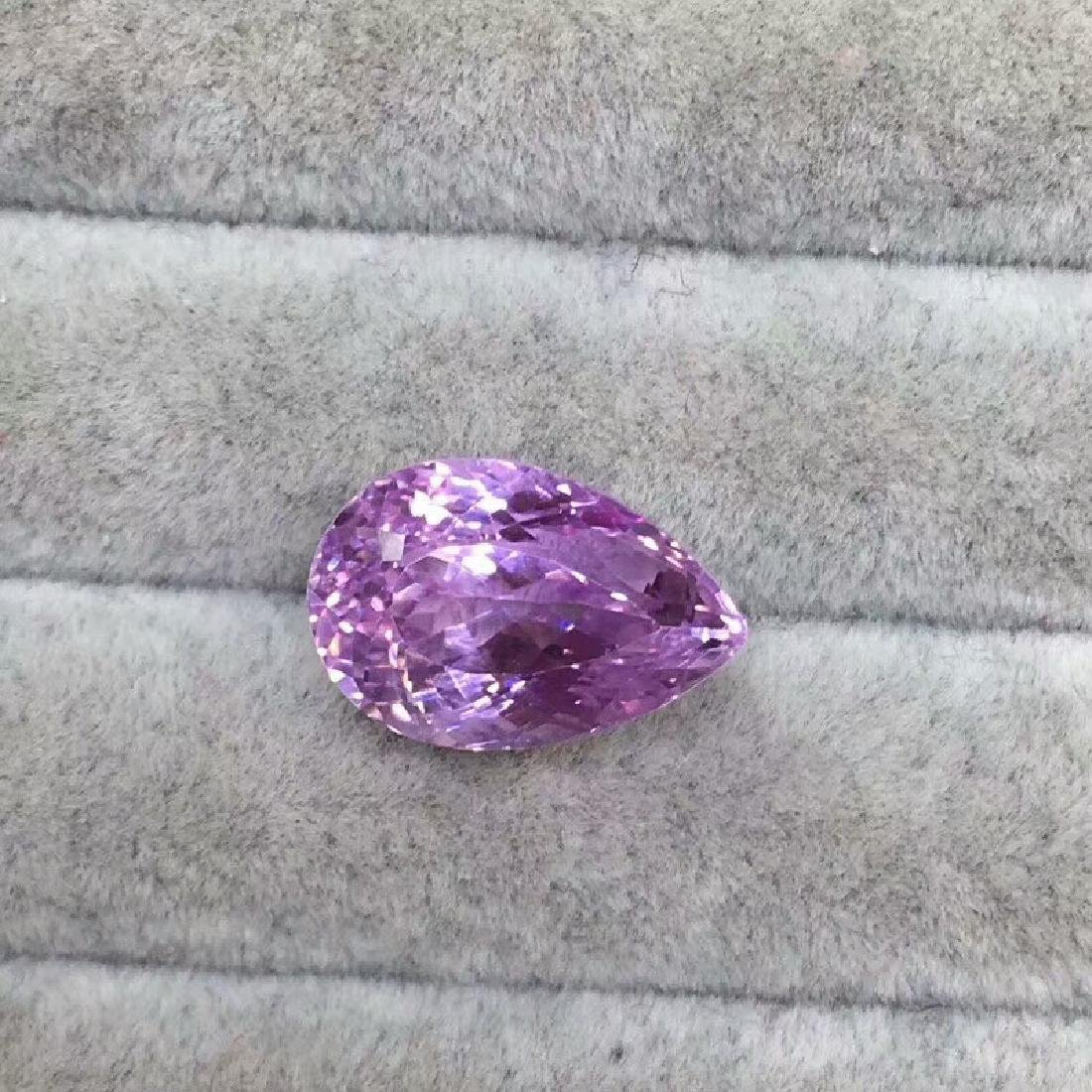 15.51 ct Spodumene 17*6.5*11mm Pear Cut
