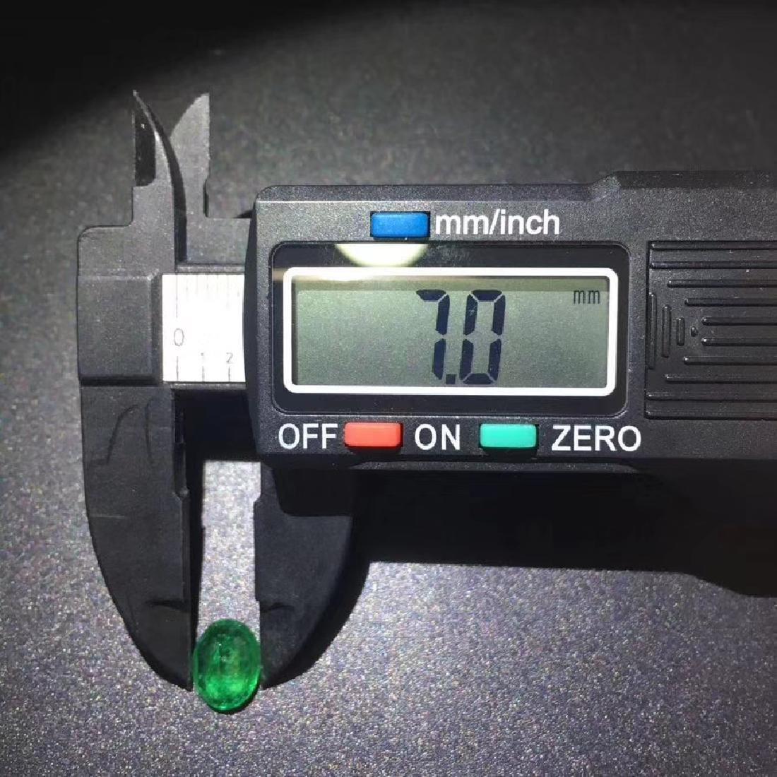 1.71 ct Emerald 7.0*8.9*4.8 mm Oval Cut - 5