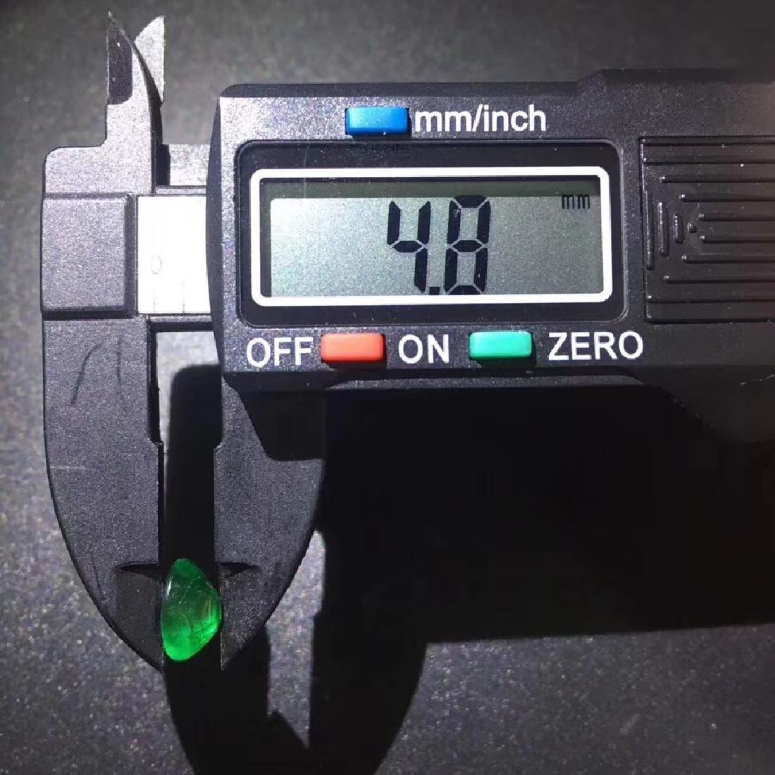 1.71 ct Emerald 7.0*8.9*4.8 mm Oval Cut - 6