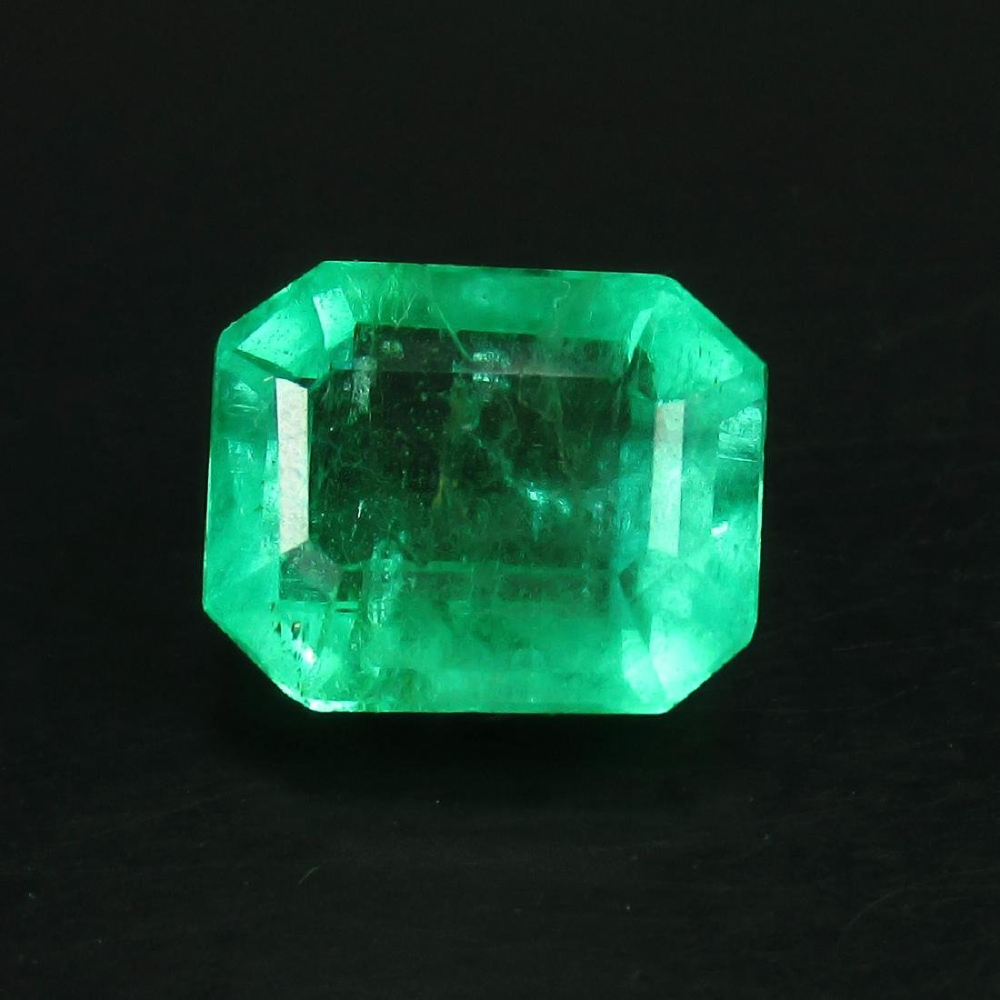 GRS Certified 2.36 Ct Genuine Colombian Emerald Top - 2