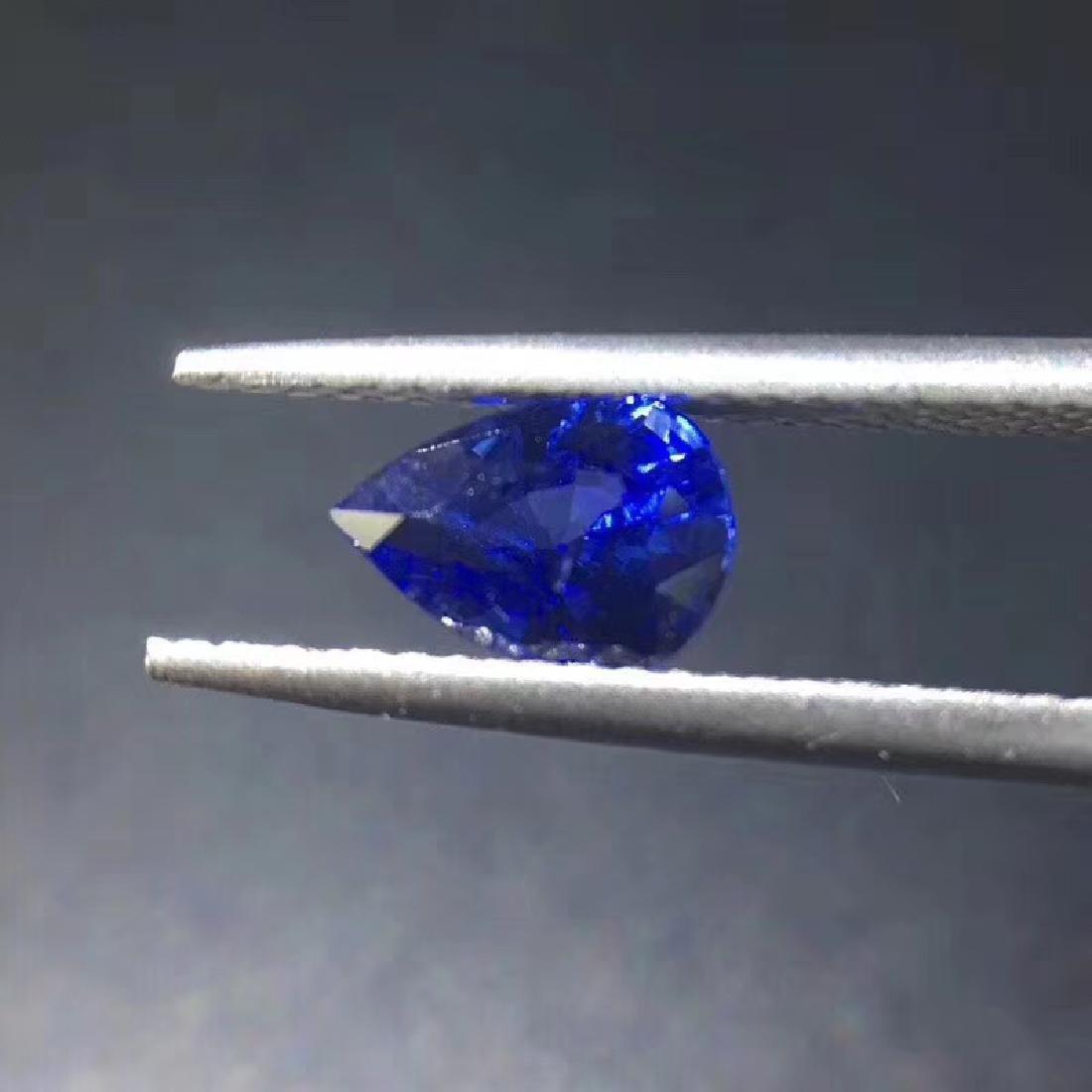 0.99 ct Sapphire 5.2*7.2*3.5 mm Pear Cut