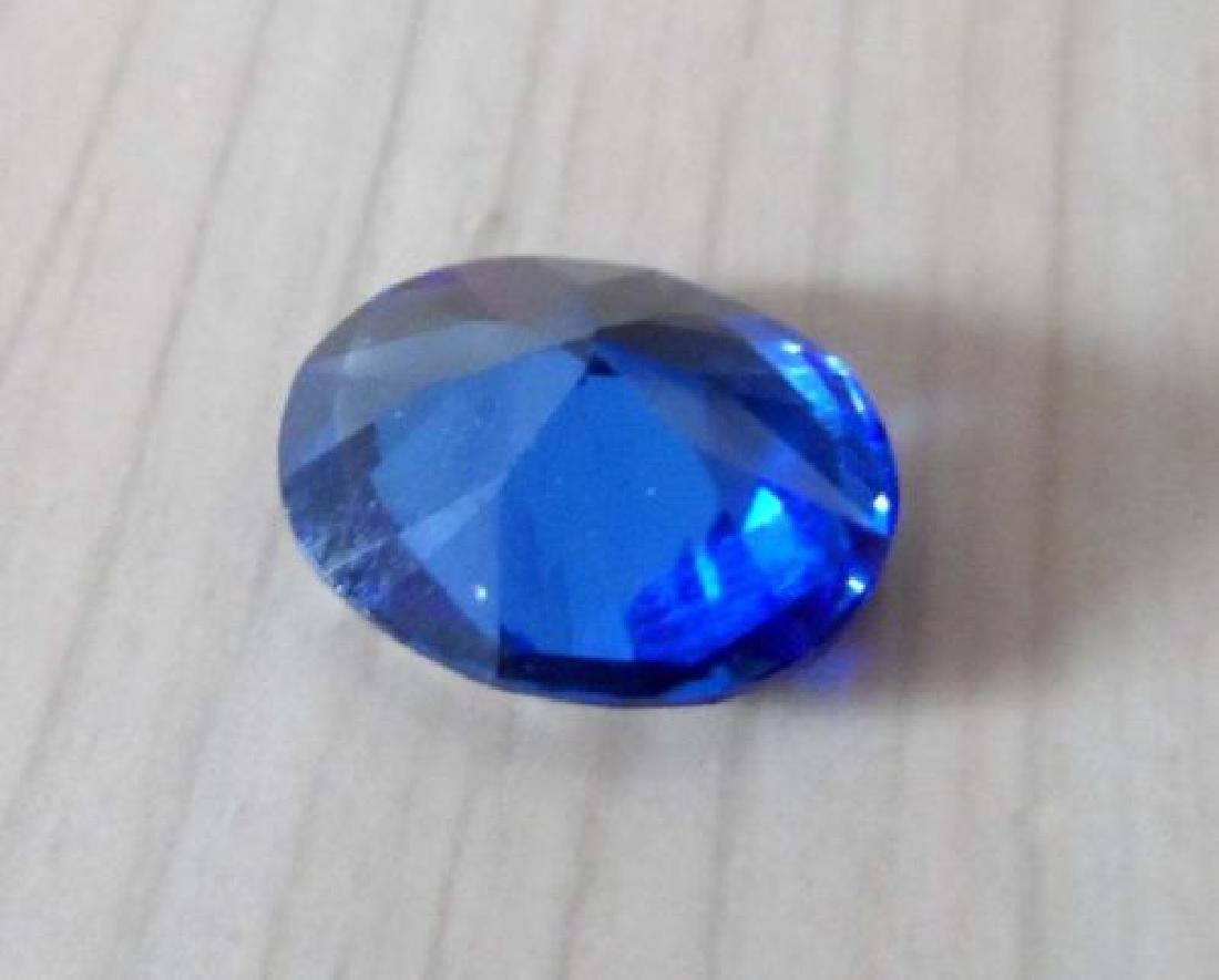 5.05Ct royal Blue Sapphire Oval Shape Faceted Cut - 2