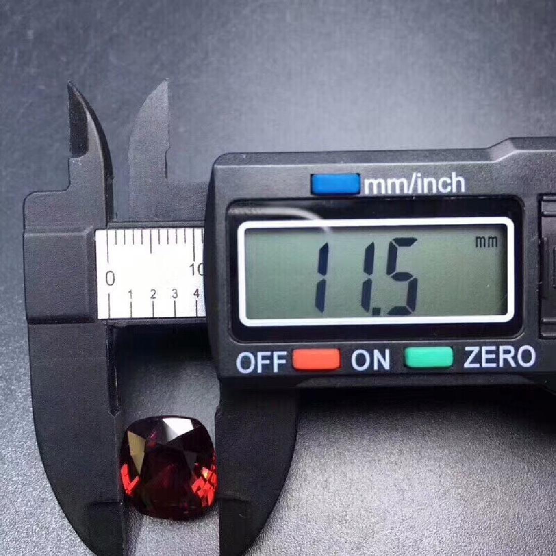 9.35 ct Garnet 11.5*13.0 mm Oval Cut - 4