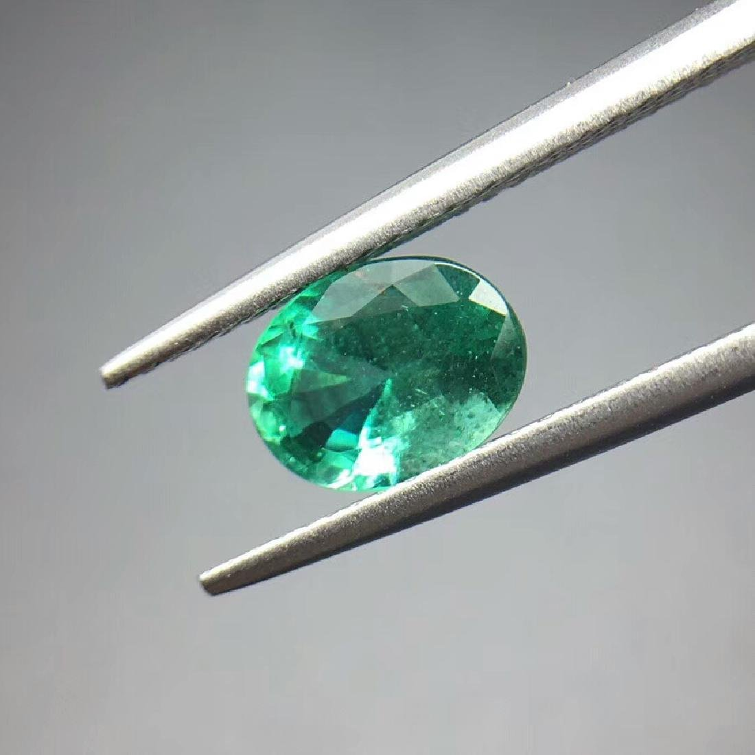 1.21ct Emerald 5.7*7.8*4.2 mm Oval Cut - 3