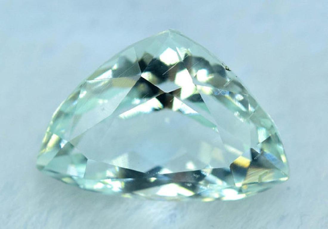 5.65 cts Untreated Aquamarine Gemstone from Pakistan