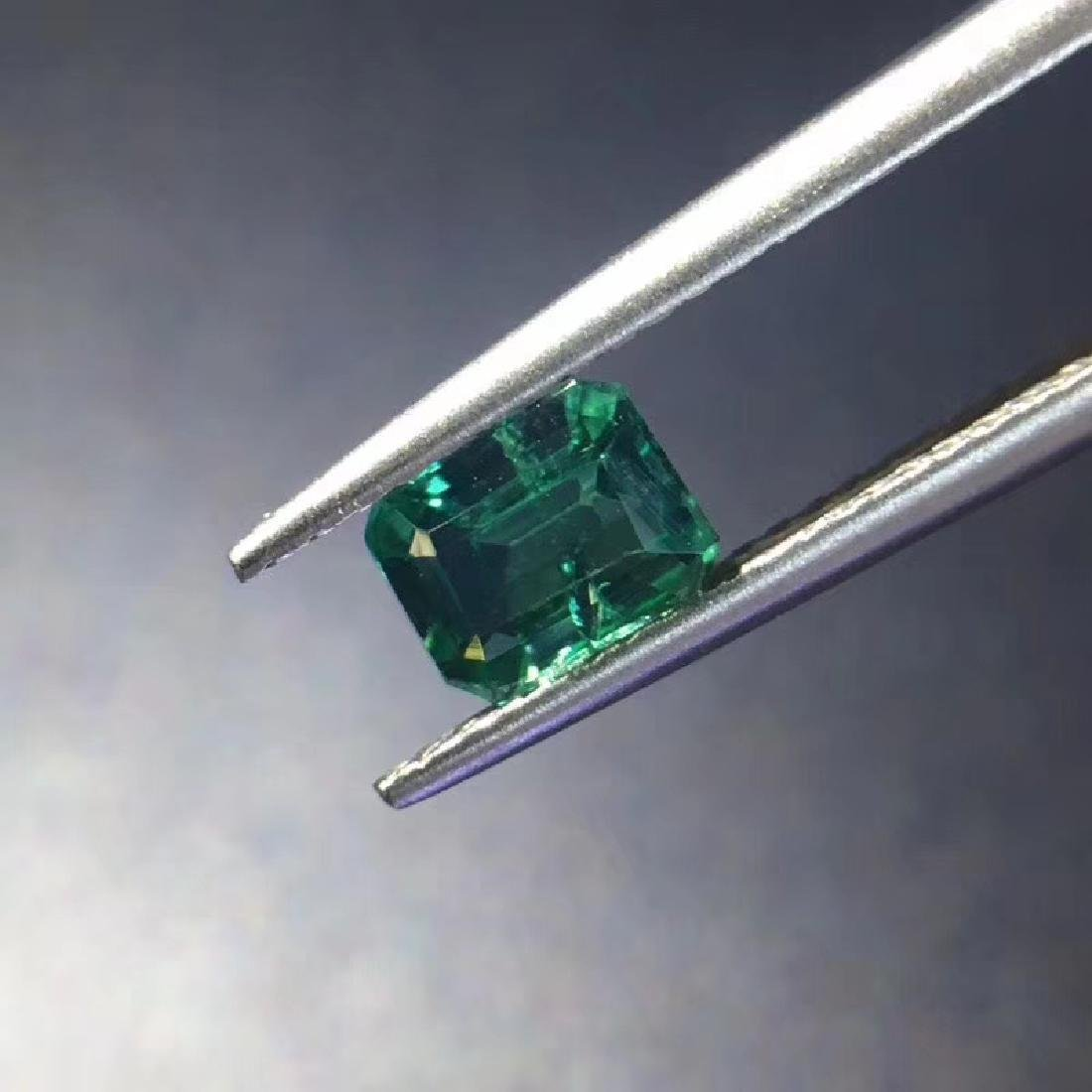 0.74 ct Emerald 5.8*4.5*3.4 mm square Cut - 3