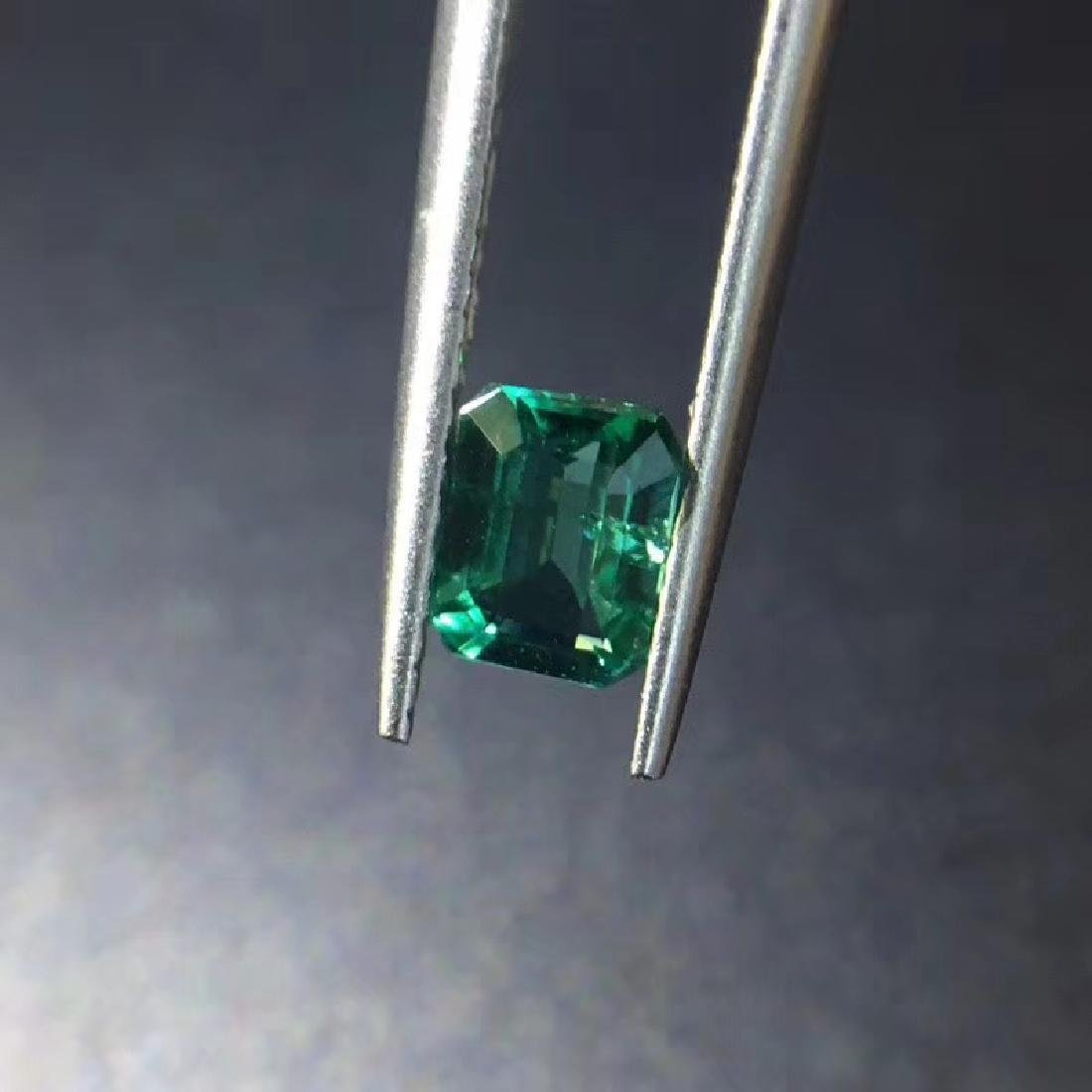 0.74 ct Emerald 5.8*4.5*3.4 mm square Cut - 4