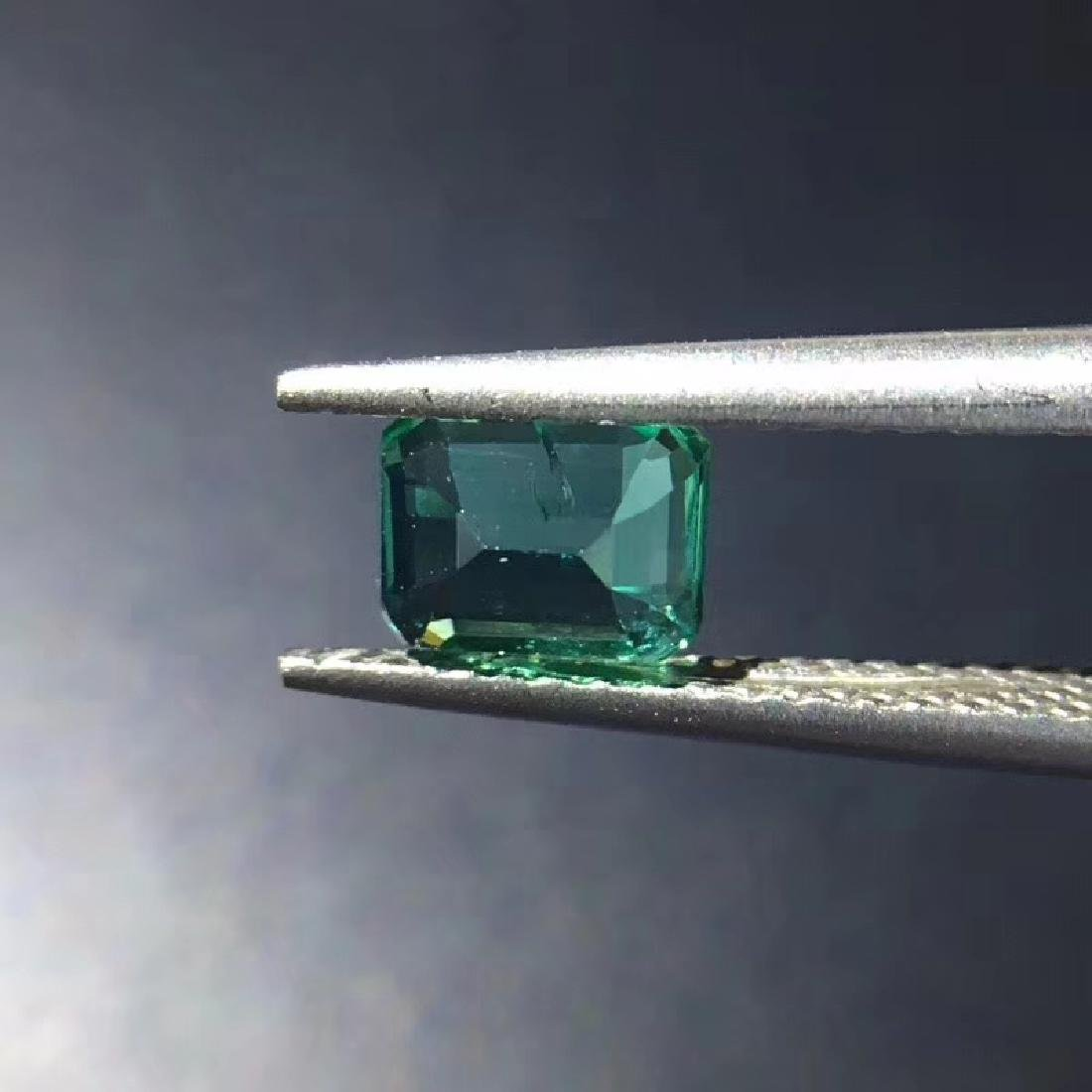 0.74 ct Emerald 5.8*4.5*3.4 mm square Cut - 5