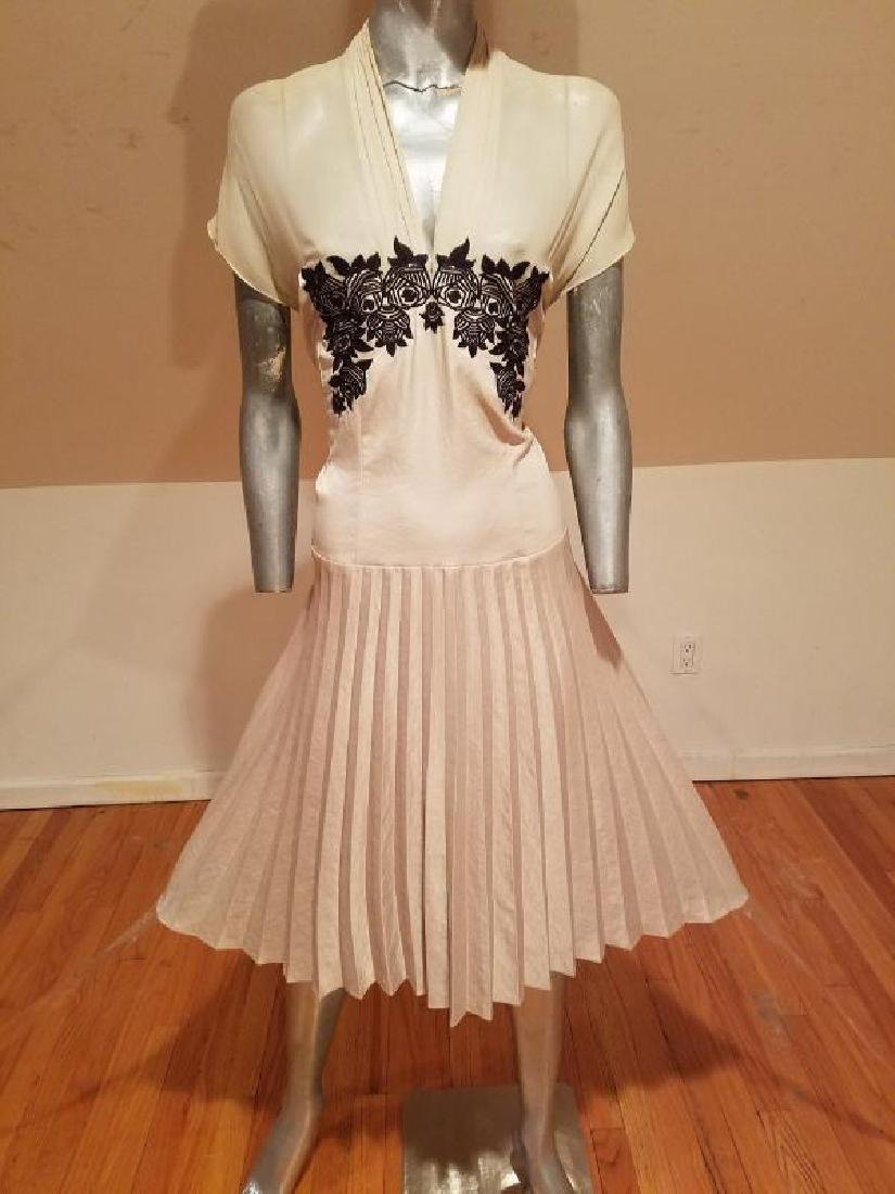 Vtg Beige Floral embroidered satin pleated dress
