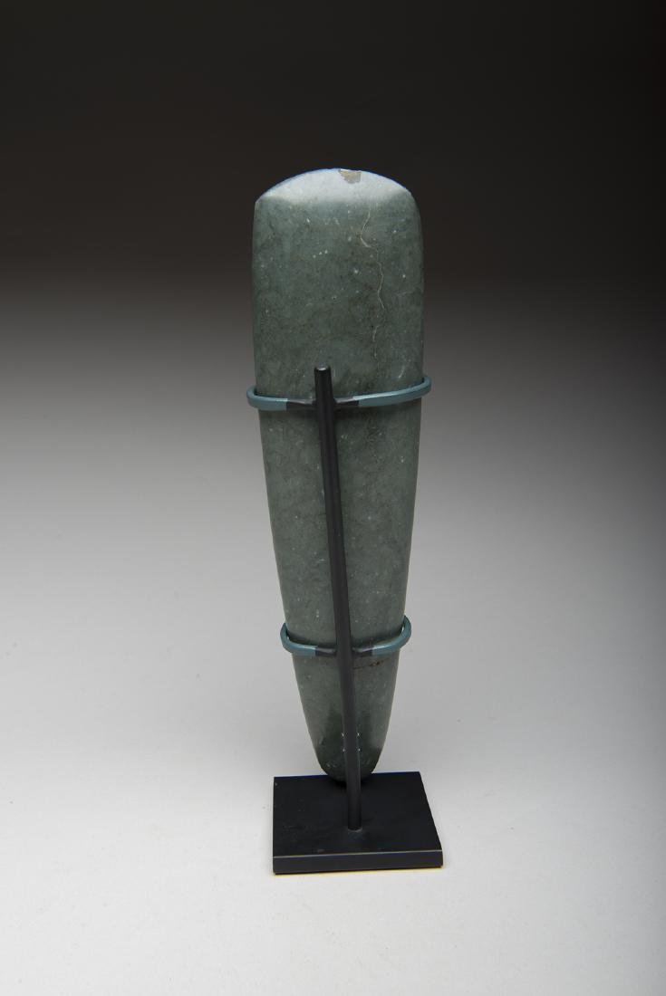 Large and important blue green jade celt used by lord - 2