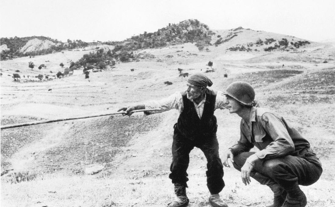 ROBERT CAPA - Sicily. Us Soldiers in Troina, 1943
