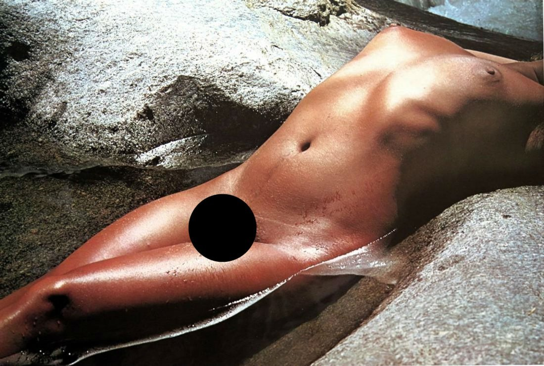 LUCIEN CLERGUE - Nude in water
