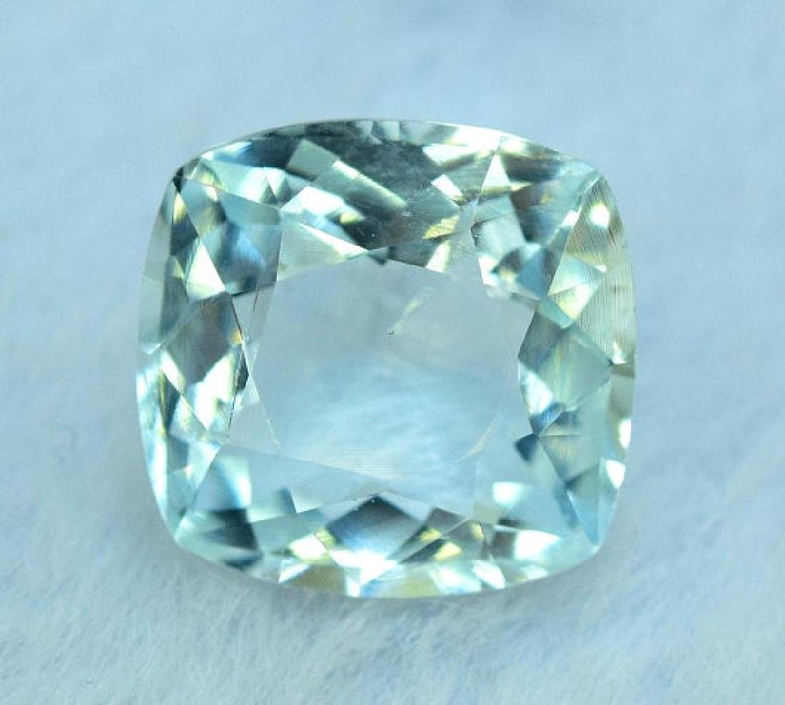 5.00 cts Untreated Aquamarine Gemstone from Pakistan