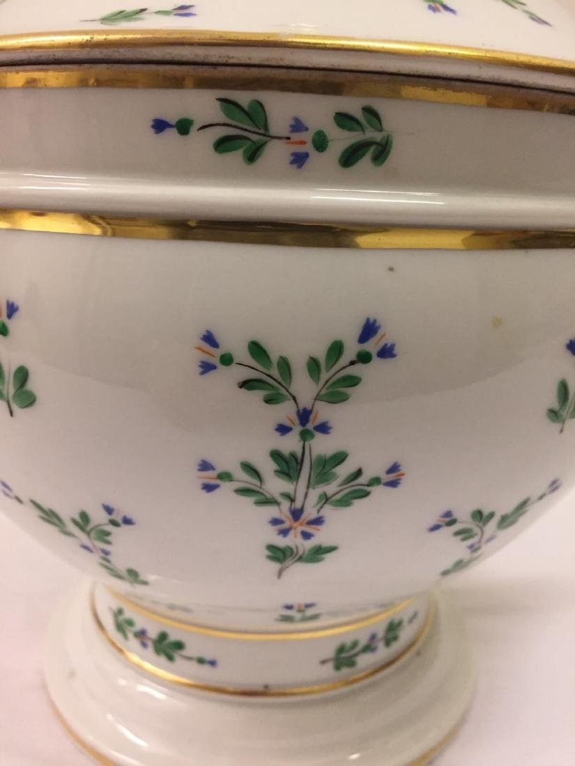 Paris Porcelain Gilt And Enameled Covered Tureen, 1810 - 3