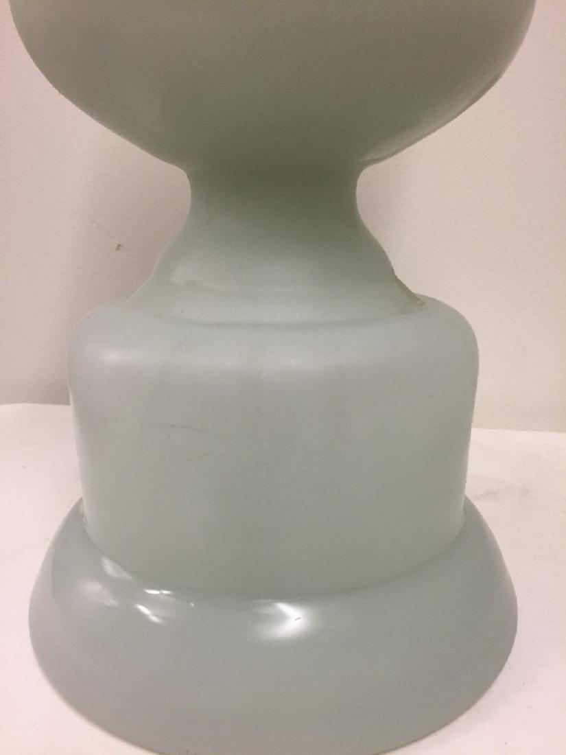 French White Matte Opaline Vase, circa 1900 - 4