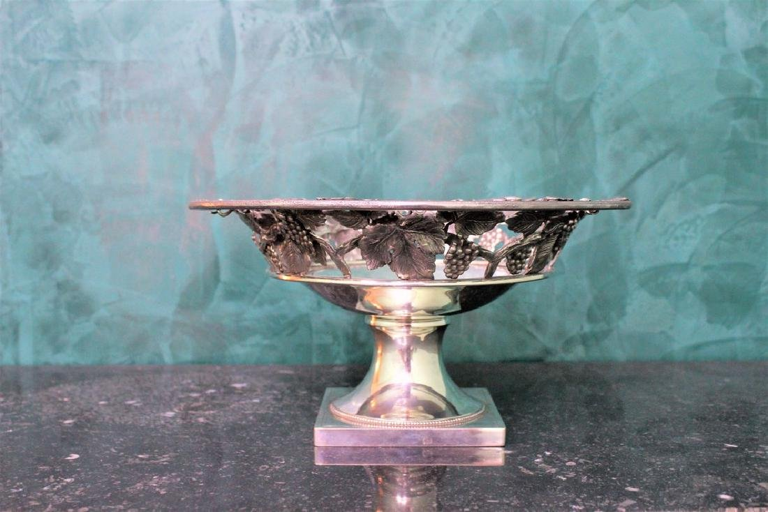 Italian Silver hand crafted Fruit Stand, 1930s - 3