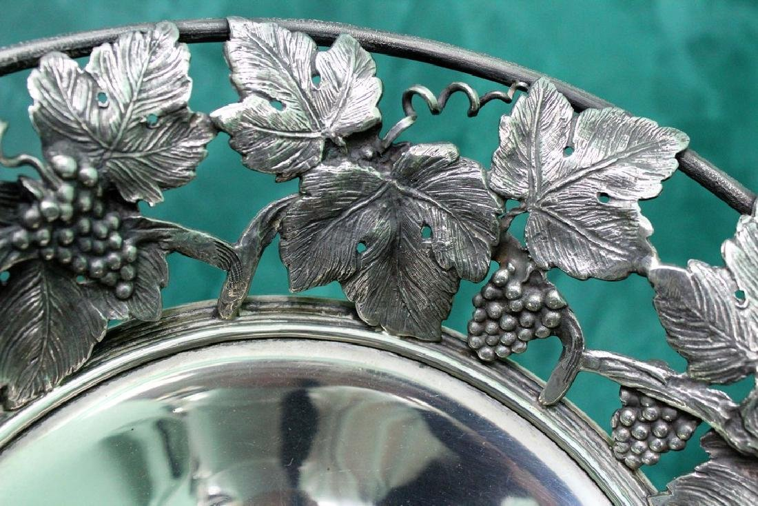 Italian Silver hand crafted Fruit Stand, 1930s - 7