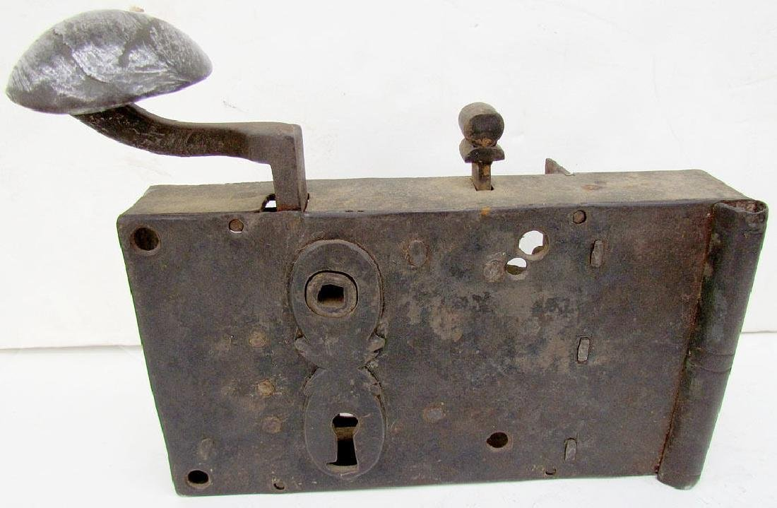 ANTIQUE 18th CENTURY (?) LOCK
