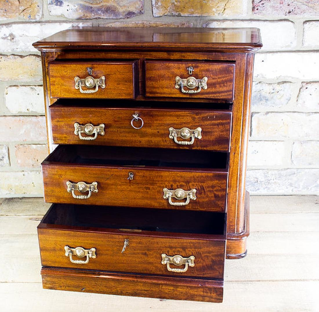 Mahogany Chest of Drawers c.1890 - 2
