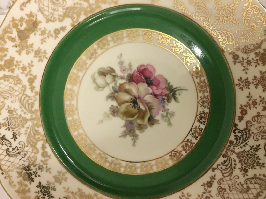 12 Czechoslovakia Porcelain Dinner Plates, 20th cent. - 7
