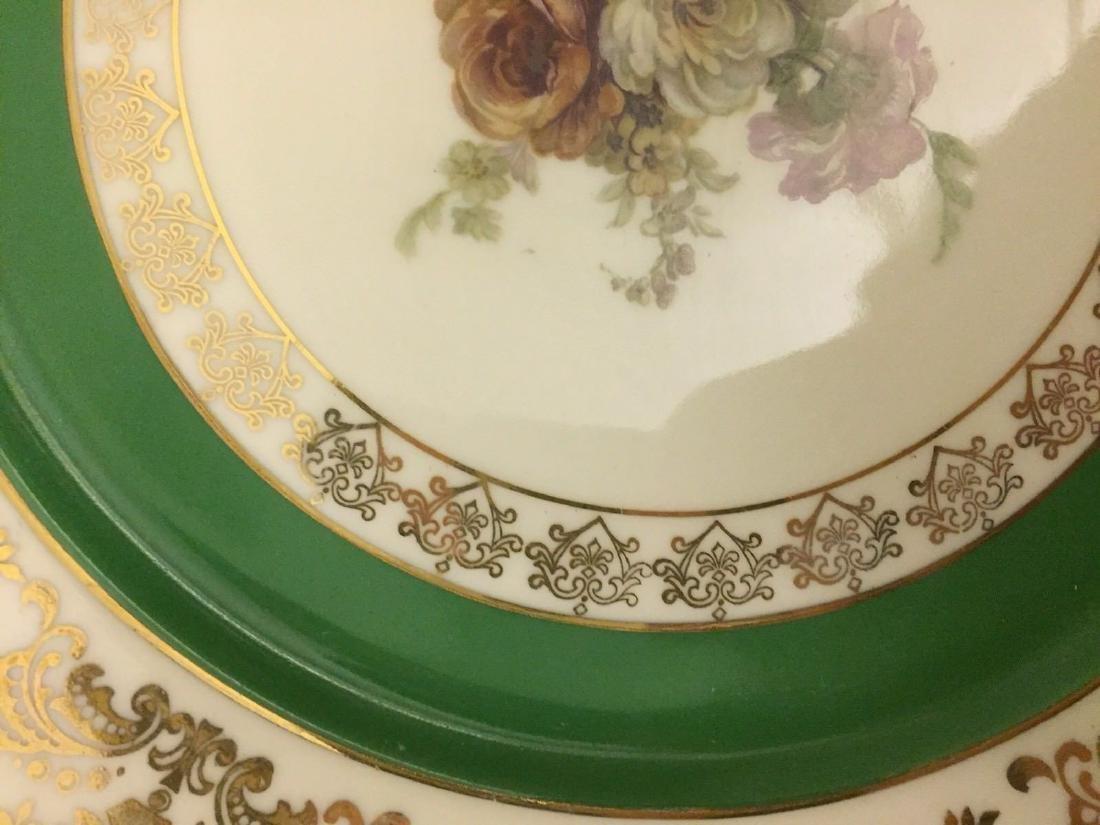12 Czechoslovakia Porcelain Dinner Plates, 20th cent. - 9