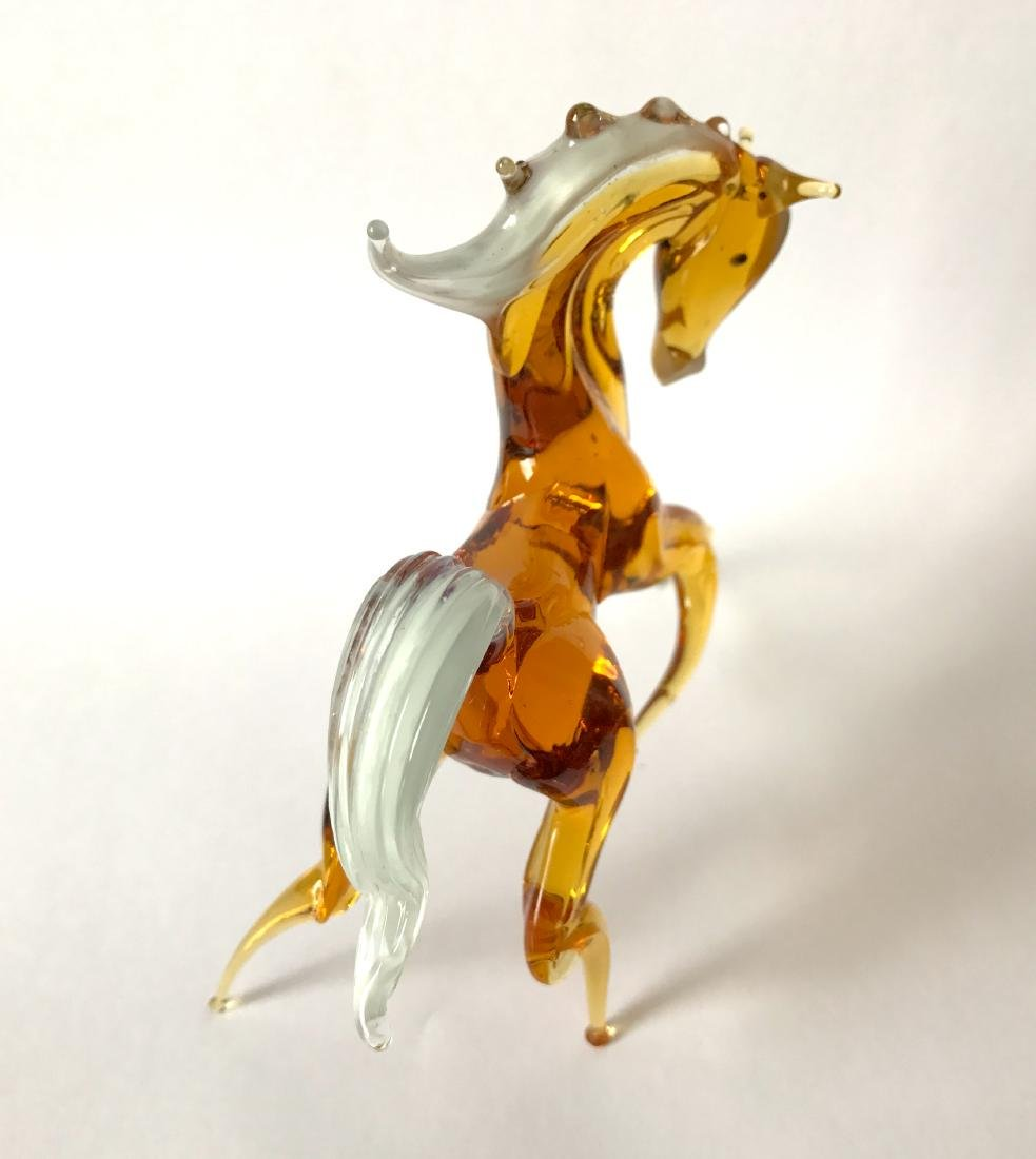 Figurine of horse amber coloured hand blown glass 13x11 - 5
