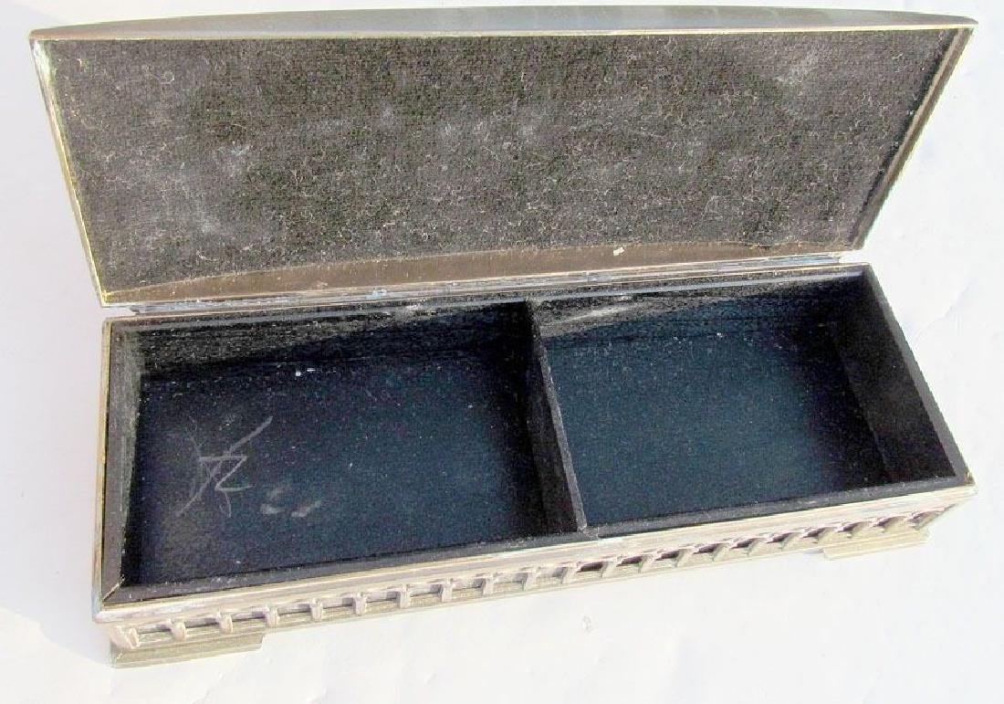 VINTAGE SILVER PLATED BOX w/ DIMENSIONAL HORSE CART - 2