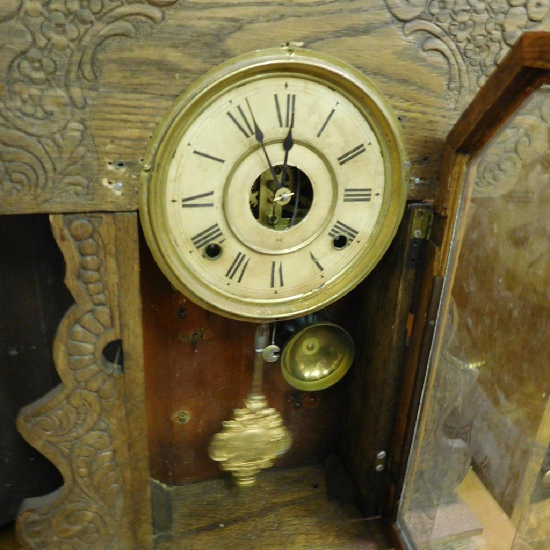 Antique New Haven Parlor Kitchen clock -Working . - 3