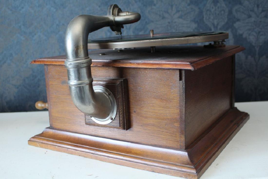 Antique recordplayer HMS like model - 2