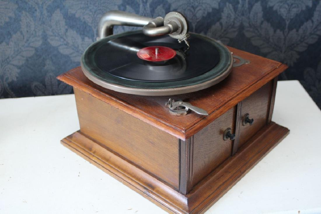 Antique recordplayer HMS like model - 5