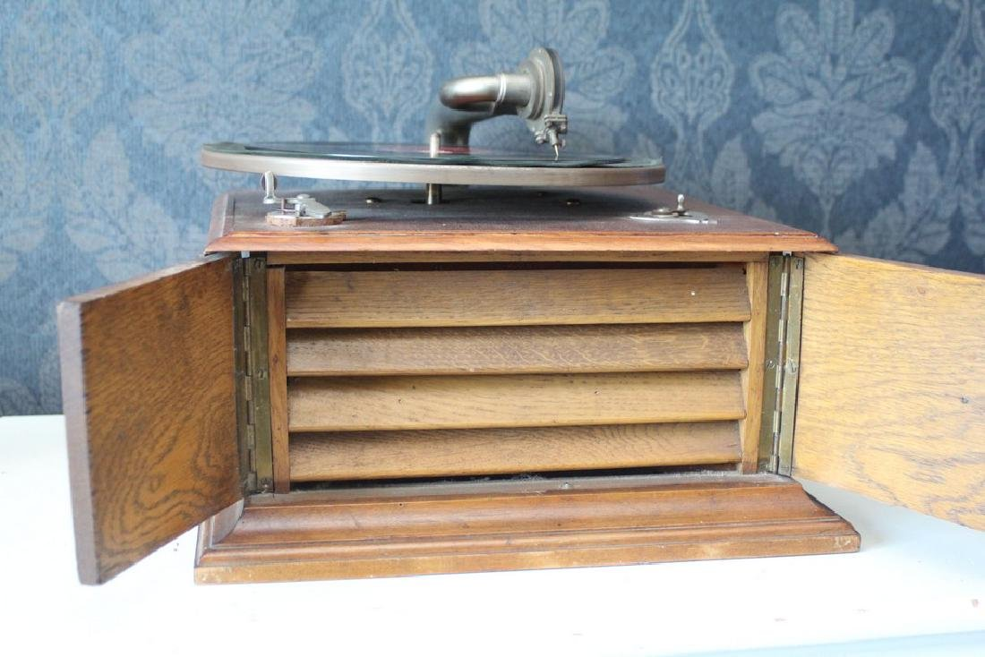 Antique recordplayer HMS like model - 6
