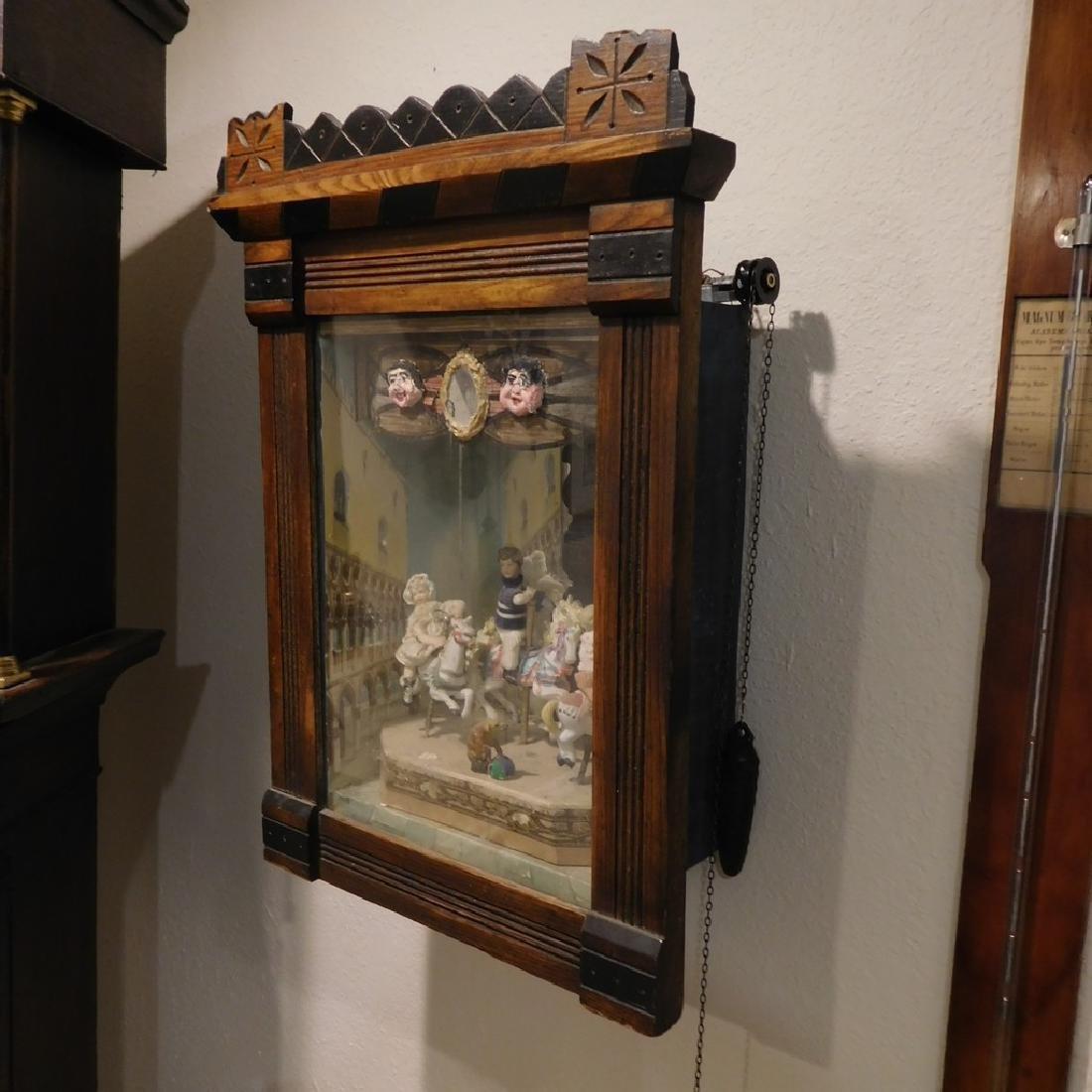 Very unusual Carousel music box - 3