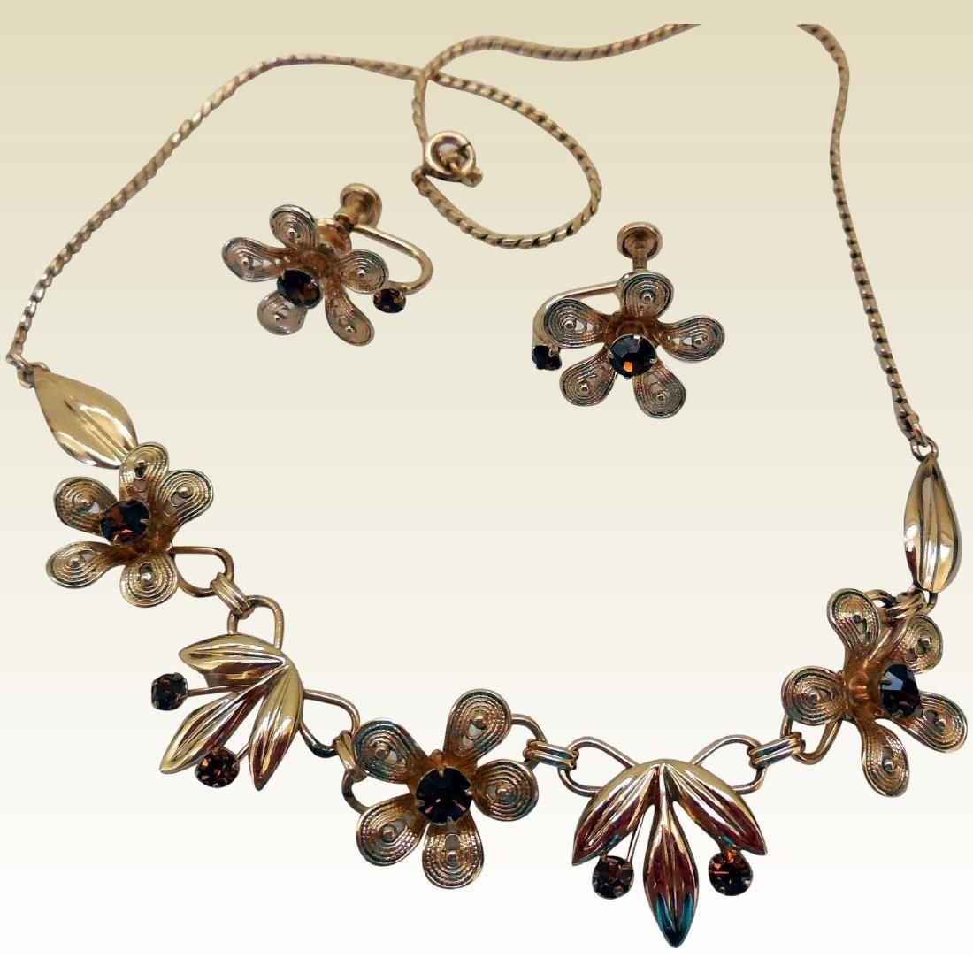 Van Dell Vintage Necklace Earrings