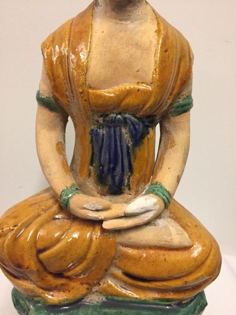 Chinese Pottery Seated Kuan Yin On Pedestal, 20th Cent. - 3