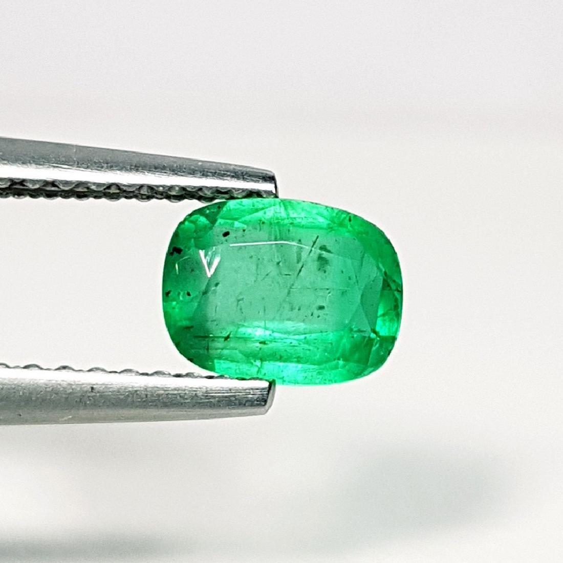 Emerald - 0.71 ct - 2