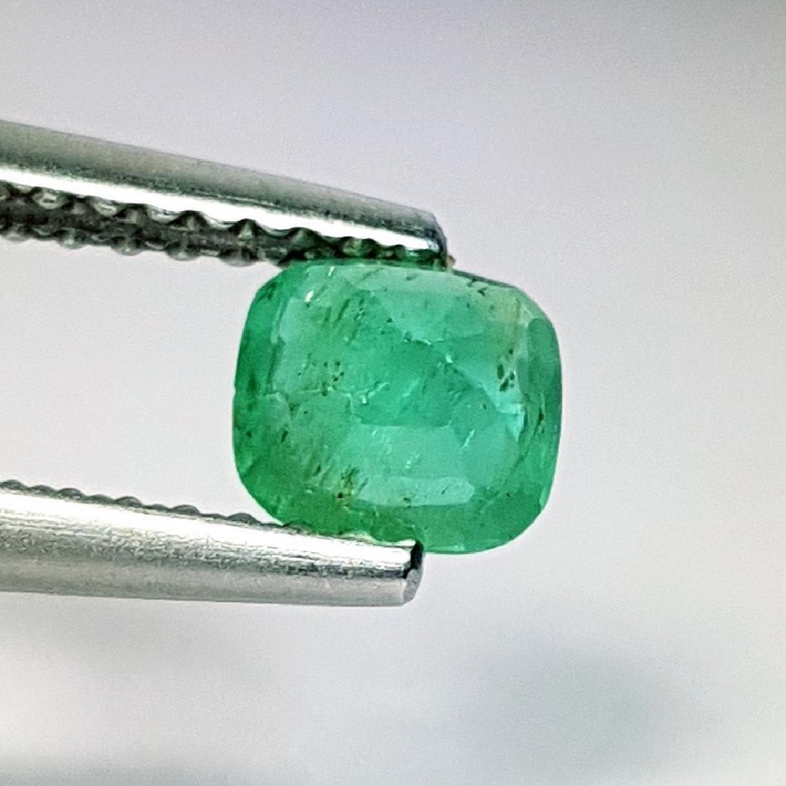 Emerald - 0.37 ct - 4