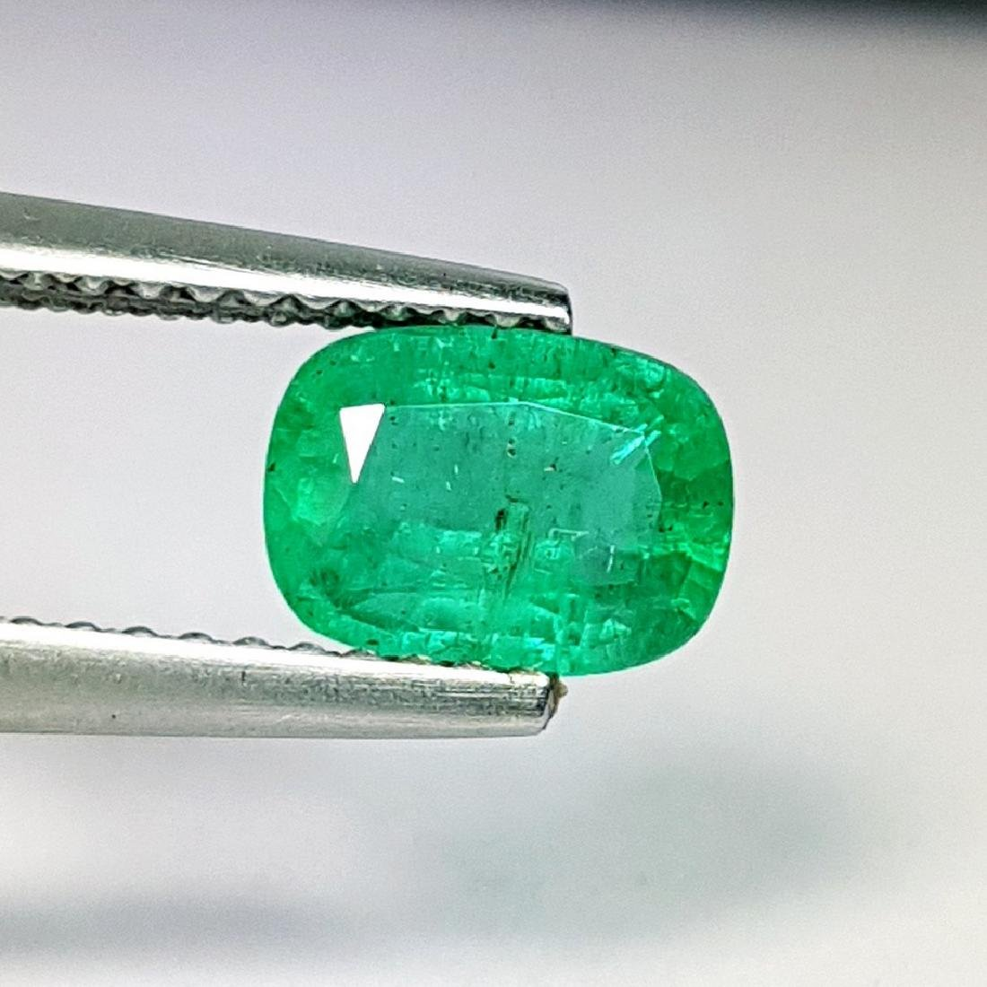 Emerald - 0.96 ct - 2