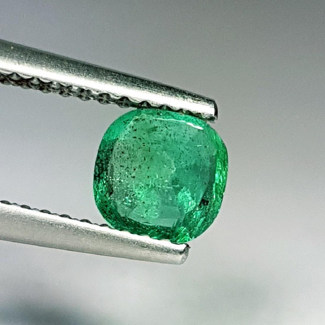 Emerald - 0.58 ct - 4