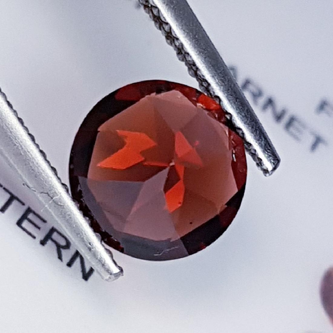 Pyrope - Almandite Red Garnet - 2.27 ct - 4