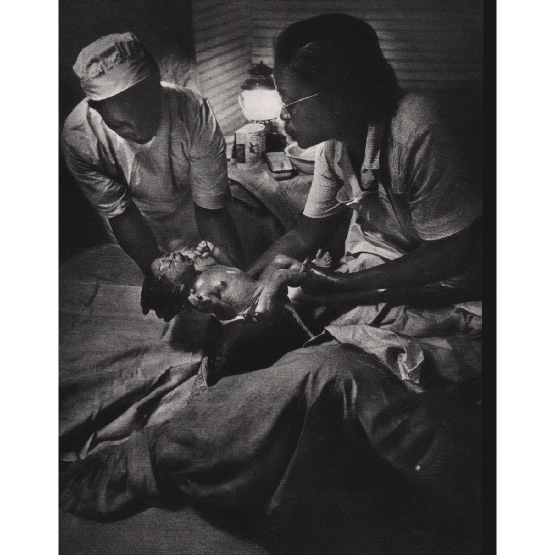 w. eugene smith nurse midwife photo essay What were some of w eugene smith's better known photo essays nurse-midwife, dr albert schweitzer, and a spanish village who does much of the credit for popularizing photography go to.
