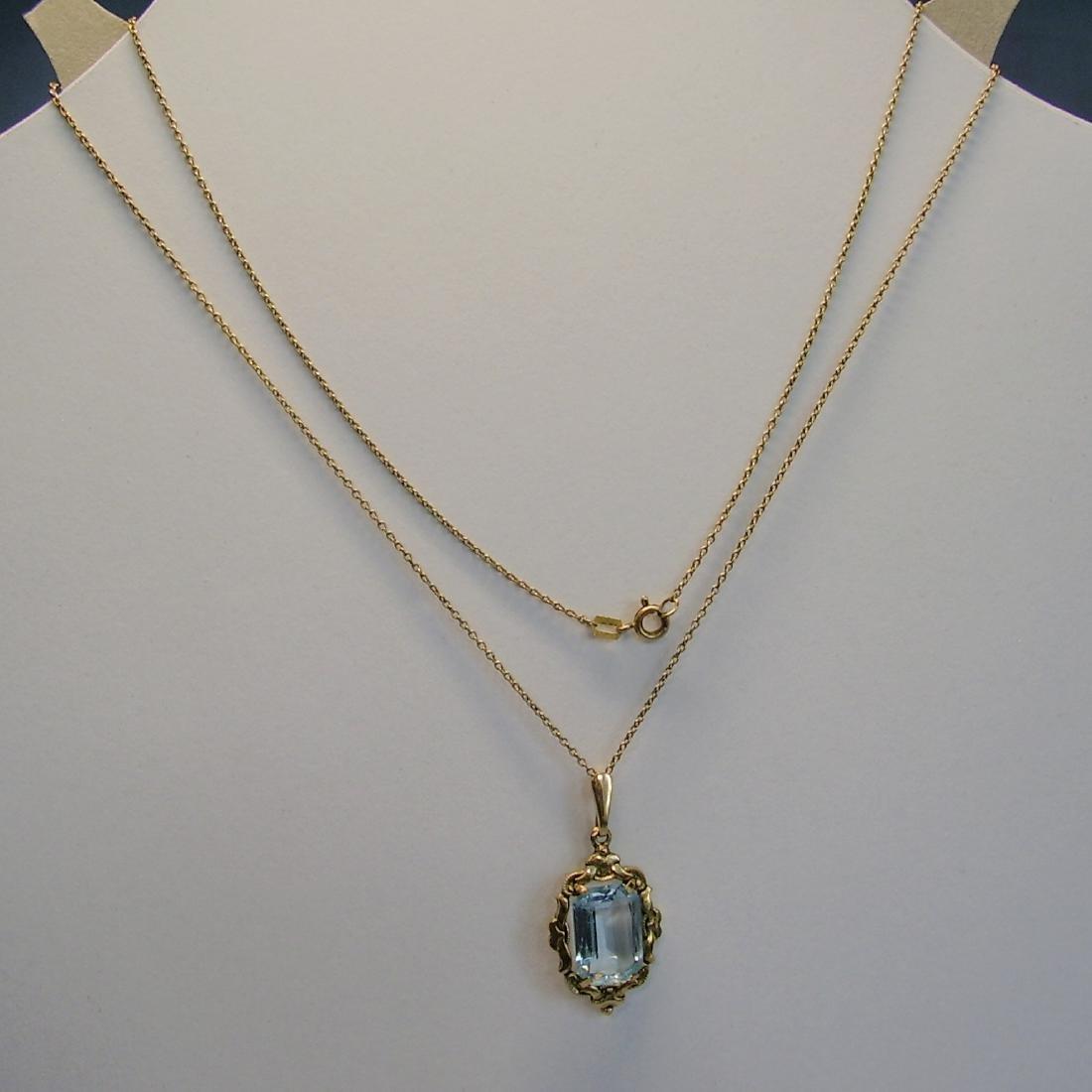 Art-Deco Pendant with chain