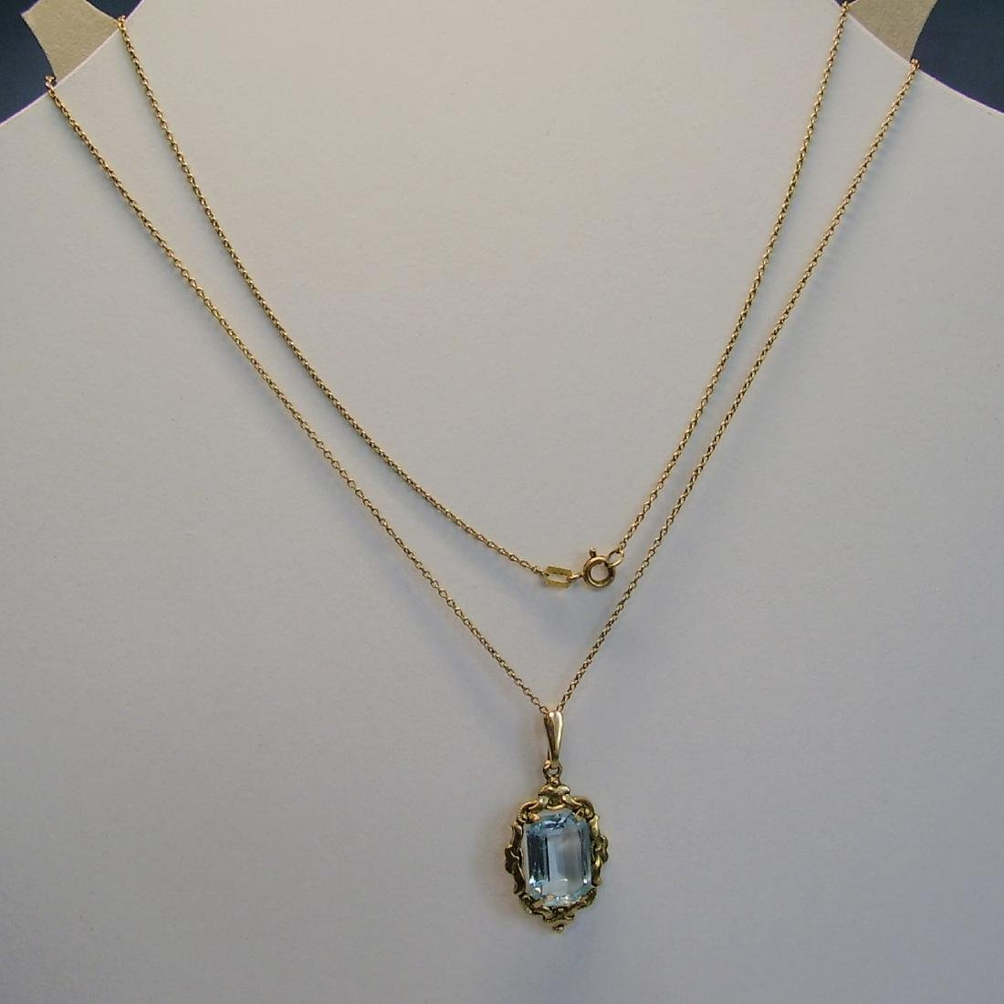 Art-Deco Pendant with chain