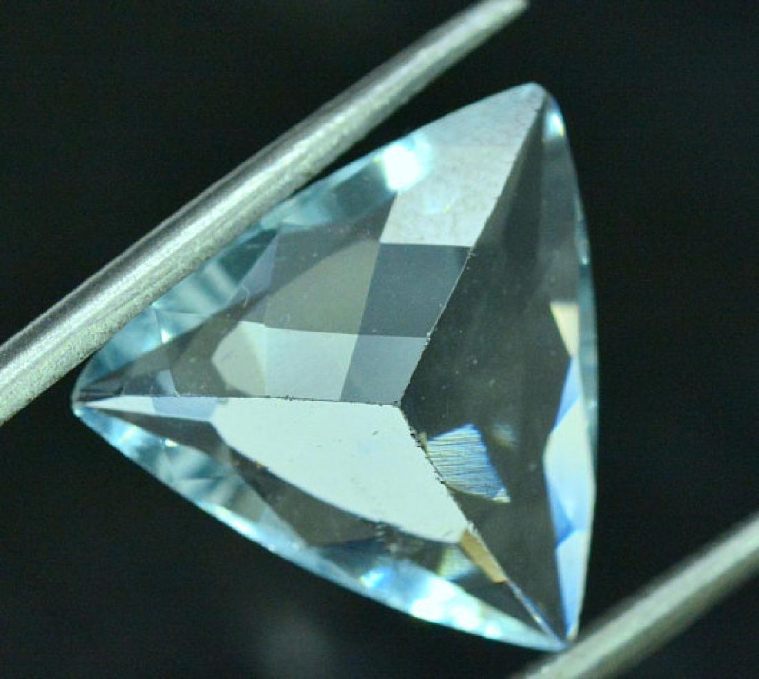 4.65 cts Untreated Aquamarine Gemstone from Pakistan - - 5