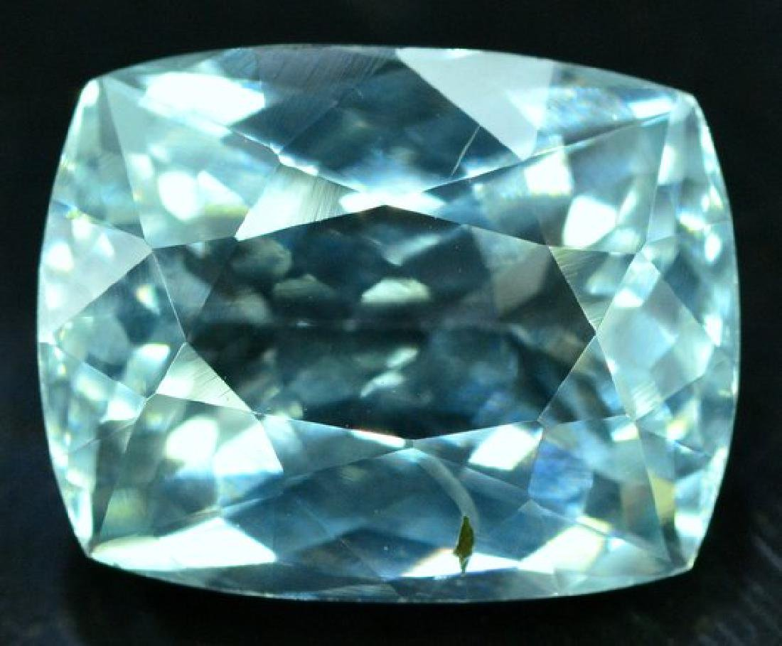6.05 cts Untreated Aquamarine Gemstone from Pakistan -