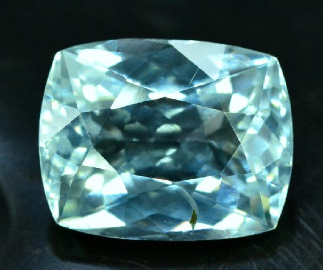 6.05 cts Untreated Aquamarine Gemstone from Pakistan - - 3