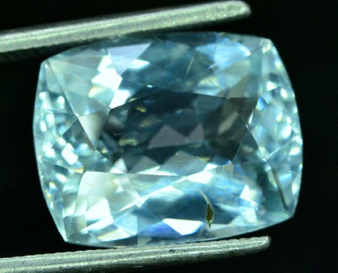 6.05 cts Untreated Aquamarine Gemstone from Pakistan - - 4