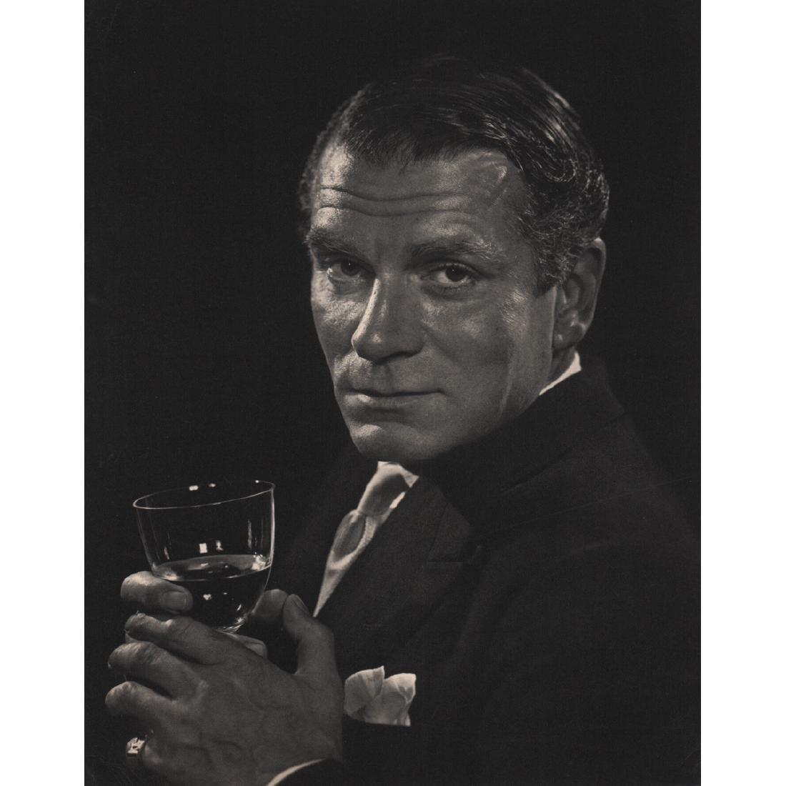 YOUSUF KARSH - Sir Laurence Olivier