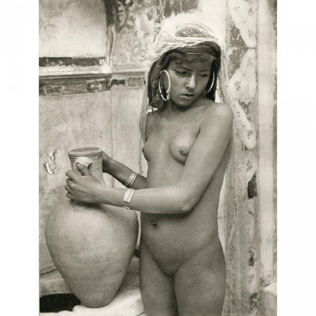 LEHNERT & LANDROCK - Bedouin Woman - 2