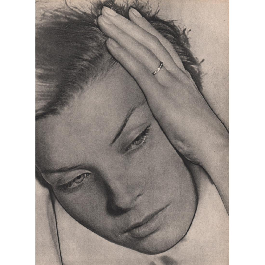 MAN RAY -  Portrait (solarized)