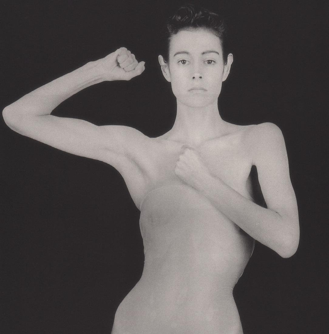 MAPPLETHORPE - Sean Young, 1985
